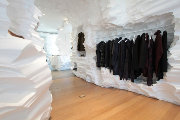 Richard Chai + Snarkitecture's ice-cave under the High Line. (Photo: David Smith)