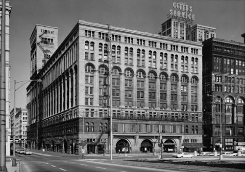Adler & Sullivan's Auditorium Theatre, built in 1890, is trying to reduce consumption by 20 percent within 5 years.