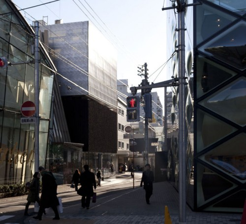 Marc Jacobs flagship Tokyo store by Stephan Jaklitsch Architects (Liao Yusheng)
