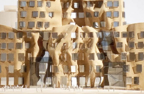 Dr. Chau Chak Wing Building. Detail of east facade. (Gehry Partners, LLP)