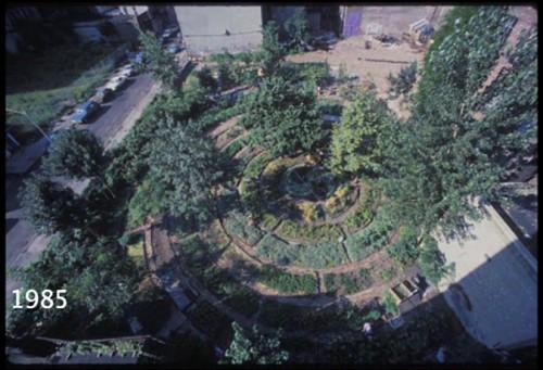 Adam Purple's Garden of Eden in the Lower East Side (Photo by Harvey Wang)