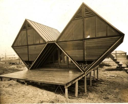 Pearlroth House, Westhampton Beach, New York, 1958 (Courtesy Jake Gorst)