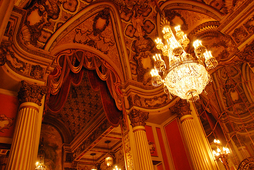 Inside the Los Angeles Theater