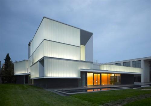 Domus Technica by Iotti+Pavarani Architetti (Roland Halbe)
