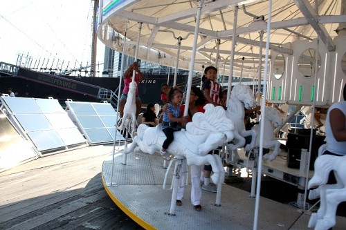 GE Solar Panel Carousel (Courtesy Will Giron Via Inhabitat)