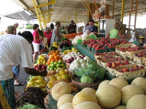 A farmers market in Jackson, Mississippi. (Natalie Maynor / Flickr)
