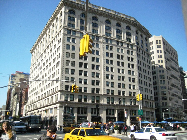 Inside the archtober building of the day 18 200 fifth for 200 5th ave 8th floor new york ny 10010