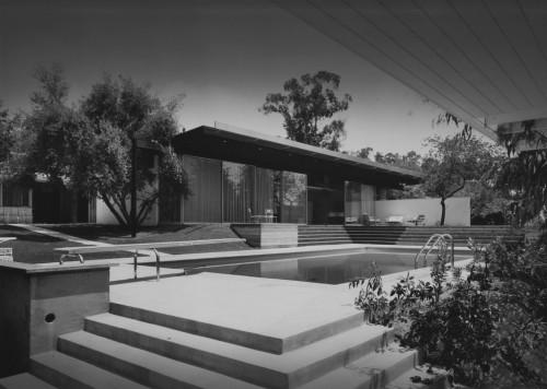 Kronish House (courtesy LA Conservancy/©J Paul Getty Trust)