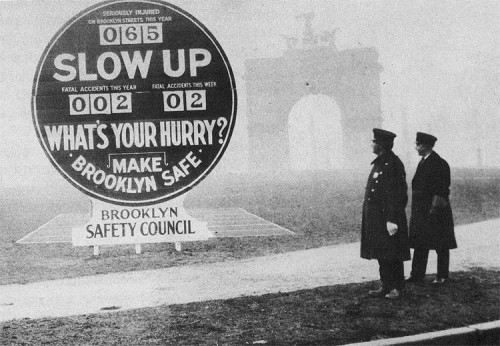 "Brooklyn's ""Death-o-Meter"" installed in Grand Army Plaza in 1927."