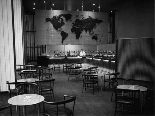 View of the original Delegates' Lounge from 1952. (Courtesy UN)