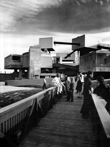 The Mummers Theater (Courtesy fuckyeahbrutalism.tumbler)