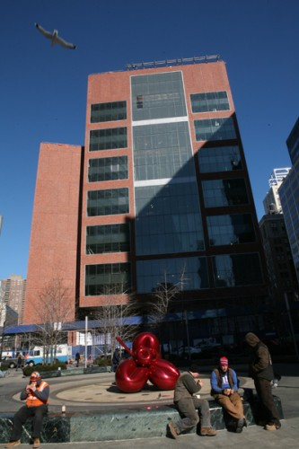 CUNY's Fiterman Hall by Pei Cobb Freed is nearing completion next to 7 World Trade.