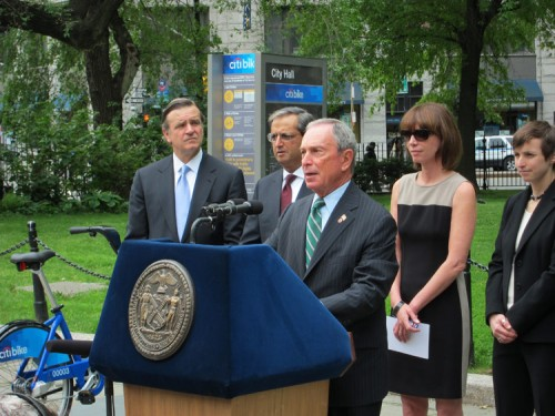 Mayor Michael Bloomberg announces Citibank as the official NYC bike share sponsor. (Branden Klayko / AN)