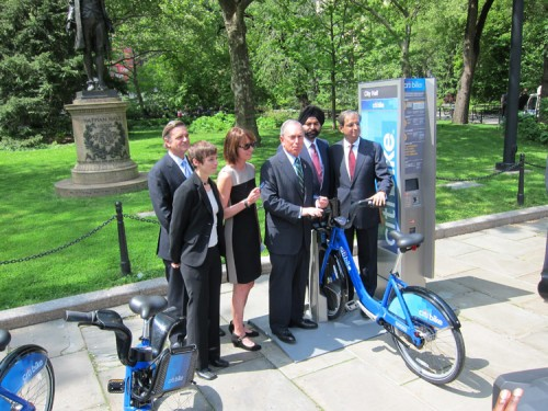 City and sponsor officials pose alongside the new Citibike system. (Branden Klayko / AN)