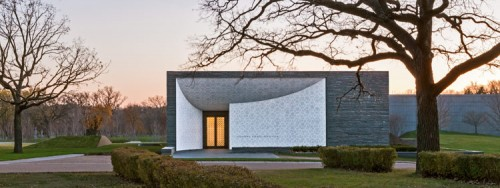 The Garden Mausoleum at Lakewood Cemetery. (Image courtesy Paul Crosby.)