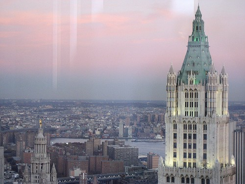 The crown of the Woolworth Building in Lower Manhattan. (dragonflyajt/Flickr)