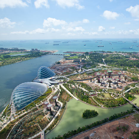 Garden by the Bay. Courtesy Wilkinson Eyre (Photo Credit: Craig Sheppard)
