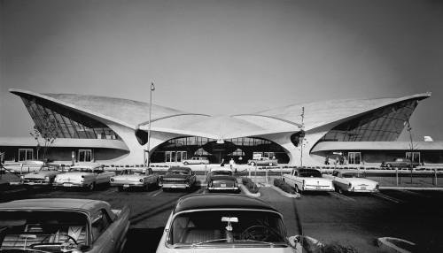 Saarinen's TWA Terminal (Ezra Stoller)
