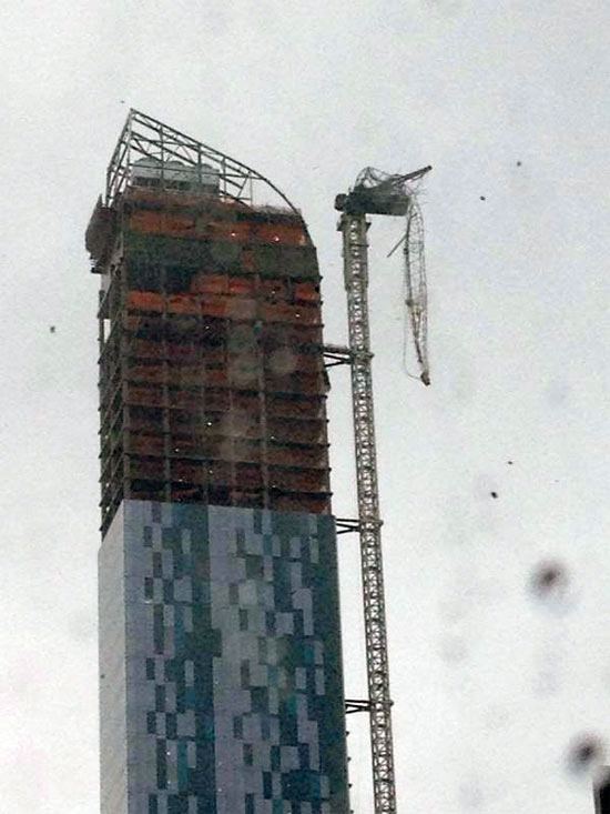 Partial crane collapse at Manhattan's One 57 tower. (@jonathanwald / Twitter)