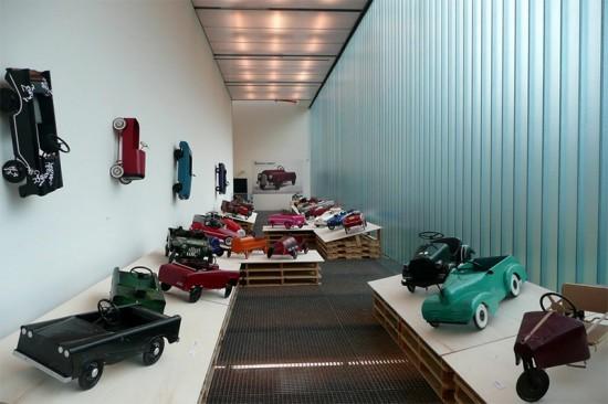 Inside OMA's Rotterdam Kunsthal. (FaceMePLS/Flickr)