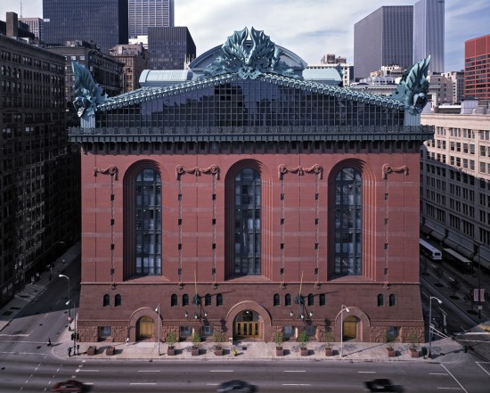 Harold Washington Library Center in downtown Chicago, designed by 2012 Driehaus laureate Thomas H. Beeby. (Courtesy of University of Notre Dame)