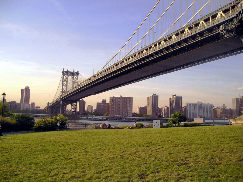 brooklyn bridge docks essay The brooklyn bridge is one of the well known landmarks in the united states and is considered as a very important architectural structure the brooklyn bridge.