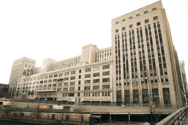 Developer Eyes Chicago Post Office For Casino Retail