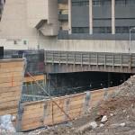 Train tracks pass below 450 West 33rd Street. (Branden Klayko / AN)