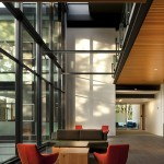 PACCAR Hall, Foster School of Business, University of Washington (Courtesy of Nic Lehoux)