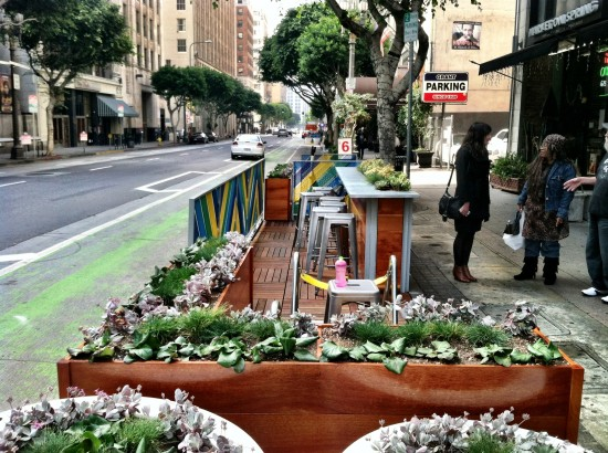View of the northern parklet on Spring Street in Downtown Los Angeles. (Sam Lubell / AN)