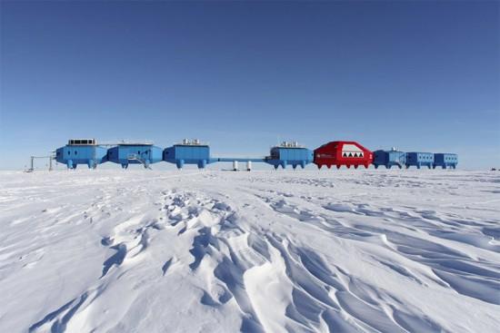 (Courtesy British Antarctic Survey)