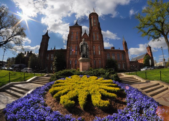 The Smithsonian Castle. (Zach Frailey / Flickr)