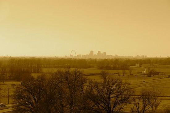 The Gateway Arch on the St. Louis skyline. (Daniel X. O'Neil / Flickr)