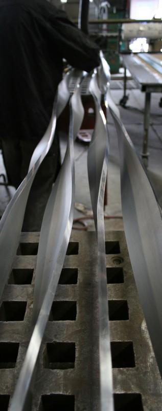 Veyko's custom bending jig ensured that all bends were produced simultaneously. (William Baggot)