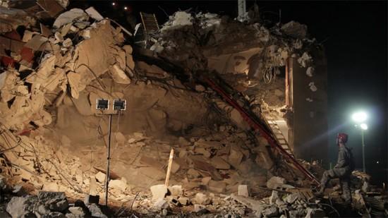 Nira Pereg, Scenario, 2012, 6 min. 3-channel video installition, HD.
