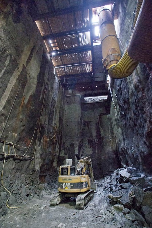 subway_digging_mar2013_12