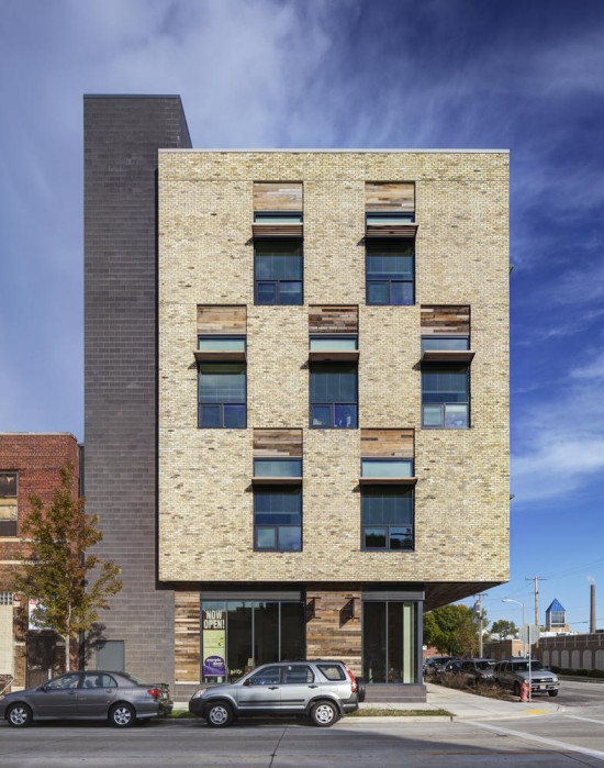 Clock Shadow Building West Facade. (Tricia Shay Photography / Courtesy AIA)