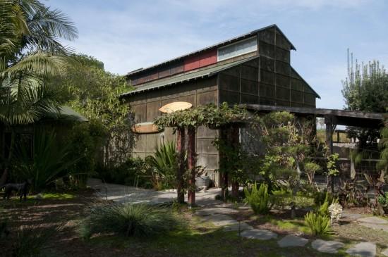 Ed Moses Studio. (Larry Underhill)