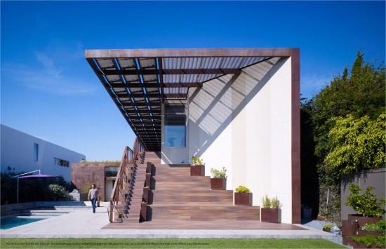 Yin Yang House. (John Linden / Courtesy AIA)