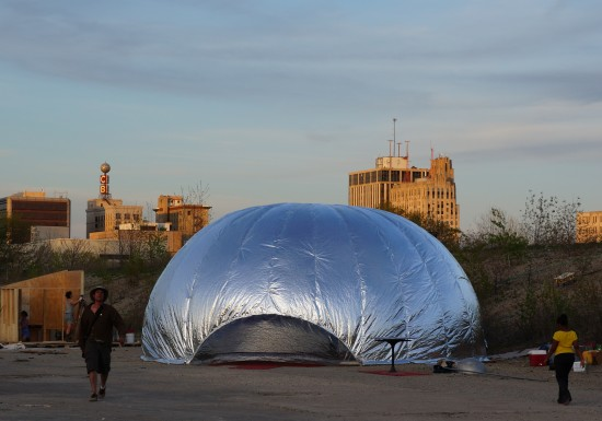 Ann Arbor-based artist Michael Flynn installed an inflatable likeness of Anish Kapoor's Cloud Gate. (Courtesy of Flint Public Art Project)