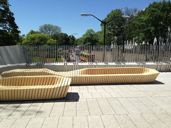 """Once the wooden components were fastened together as a """"bread slice,"""" they were laid over a metal substructure. (courtesy Stoss Landscape Urbanism)"""