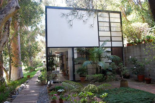 Eames House Conservation Project (Kyle Normandin, GCI)