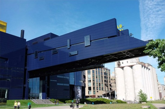 Jean Nouvel's Guthrie cantilever with industrial references in background. (Grant Smith)