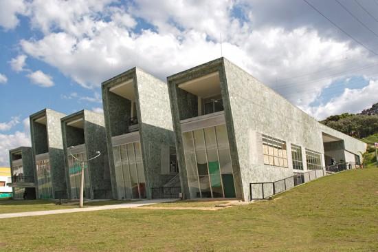 La Independencia School, Medellín, Felipe Uribe, +udeB. (Sergio Gomez)