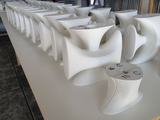 All 122 components of the screen were cast over a 28-day period. (courtesy Concreteworks)