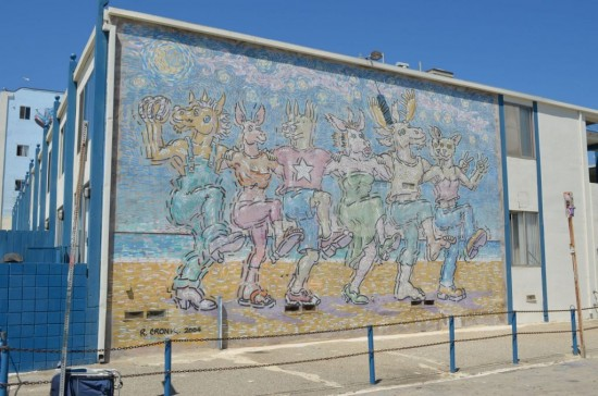 Venice Beach Chorus Line (Rip Cronk)