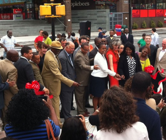 Ribbon cutting of Revitalization Project in Bedford Stuyvesant. (Nicole Anderson / AN)