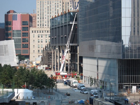 Construction at the World Trade Center site, with Fumihiko Maki's Four World Trade at far right. (Branden Klayko / AN)