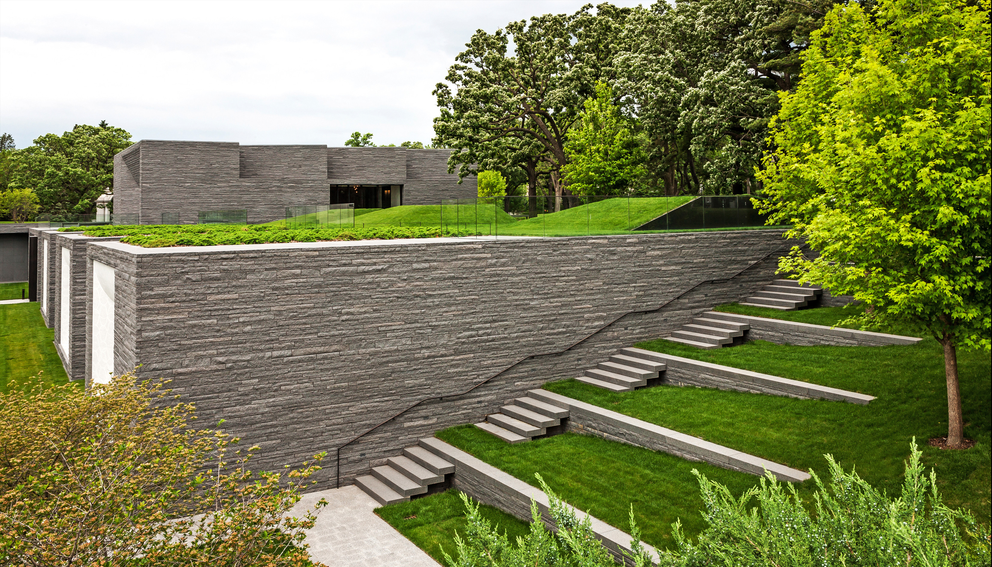 Lakewood_Cemetery_Archpaper2