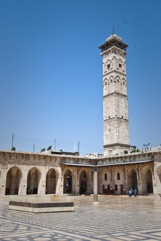 Great Mosque of Aleppo, 2010. Minaret destroyed in April 2013. (Courtesy Stijn Nieuwendijk / Flickr)
